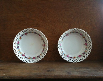 Vintage German Lace Flower Dishes Set of Two small and delicate circa 1940's / English Shop