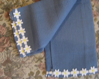 Newport Blue and Daisy towel