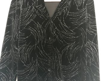 CLEARANCE M/L Black and silver velvet briggs petites jacket