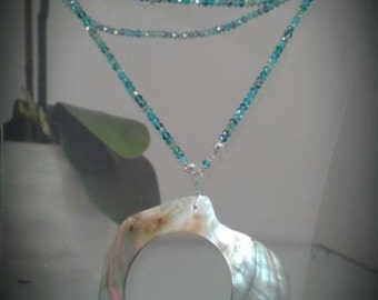 MOTHER-OF-PEARL pendant long necklace