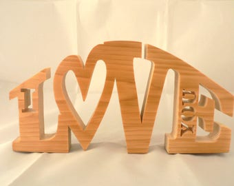 "Chipboard cut ""I LOVE YOU"""
