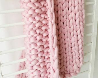 Giant Pink Chunky Arm Knit Blanket Luxury Bed Runner Chunky Knit Throw Merino Wool Blanket UK seller