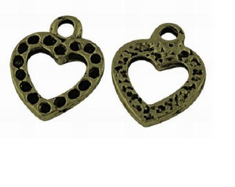Set of 5 charms bronze metal worked heart