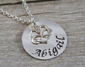 Maman - main estampé bijoux - bijoux personnalisés - en argent Sterling collier - infini petite breloque coeur - nom