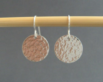 hammered sterling silver circle disc earrings small dangle simple round modern drop leverback lever back everyday jewelry gift her women 5/8