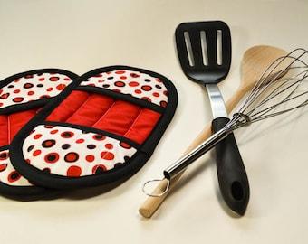 Polka Dot Pot Holder - Red Pot Holders - Red Oven Mitts - Oven Mitts - Gifts for Cooks - Pot Holder Set - Pot Holders -Kitchen Linen