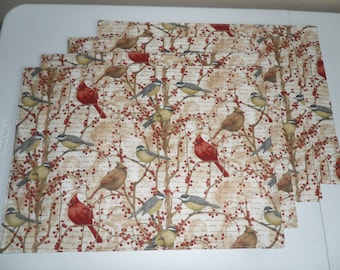 Set Of 4 Quilted Placemats Beautiful Christmas Red Cardinal Holiday Newyear