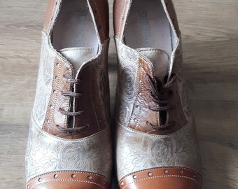 Vintage Tan and Brown shoes