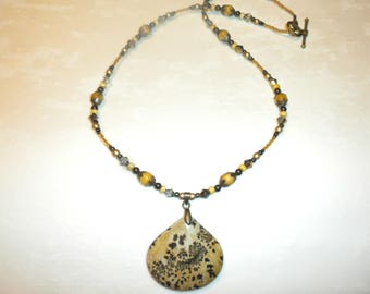 Stunning One Of A Kind Chouhua Jasper Necklace
