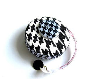 Tape Measure Hounds Tooth Pattern Retractable Measuring Tape