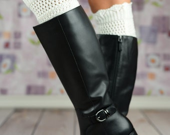 Scalloped Button Boot Toppers - White