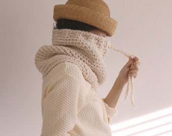 The Nantucket Cowl in Buttercream Frosting