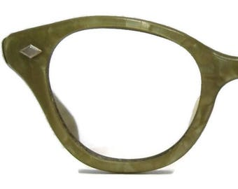Vintage 50s Green Horn Rim Eyeglasses Eyewear Frame