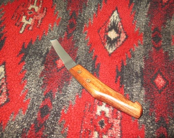 Mora Custom Crafted Native Americans Style Crooked Knife (Right or Left Handed available)