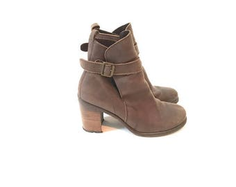 90s Ankle Boots with Chunky Heel