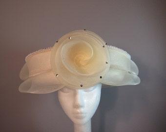 Mr. Hi's Classic Vintage Ivory hat