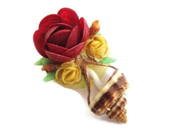 Red Rose Flower Pin / 1940s HandMade Sea Shell Brooch/ Shell Art Floral Pin