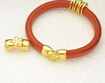 Magnetic Flower Clasp for Licorice Leather - Gold -  for Leather Bracelet - Fits ALL 10x6mm Cord