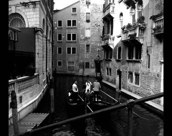 Printable Poster VENICE ITALY Gondoliers