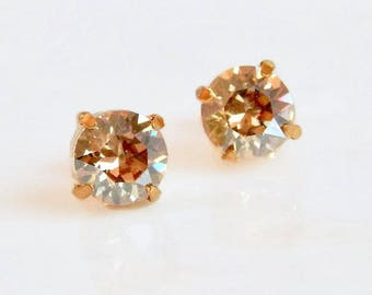 Round gold crystal stud earring - gold rystal post earrings - gold crystal earrings - Swarovski crystal - gold earrings