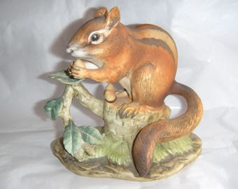 Vintage LEFTON Hand painted Realistic Squirrel Figurine - KW 4748