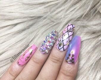 Fantasy world | Press on nails | Stick on nails | Fake nails | False nails | Coffin nails