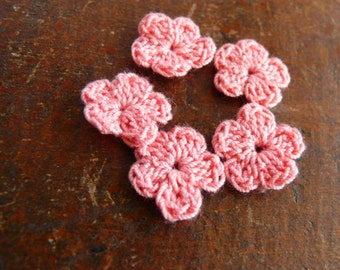 Crochet flower applique, 15 crochet mini flowers embellishments, cotton applique, flower, Shabby chic, Scrapbooking, crochet ornament, cards