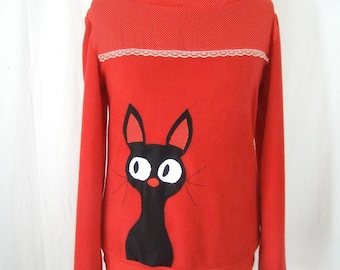 Sadako fleece pullover red cat and peas