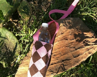 Pink crossbody water tote, diamond bottle carrier, pink reusable water sling, reversible bag travel water bottle sling, hiking water carrier