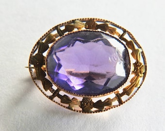 Victorian 10K Yellow Gold Brooch with Amethyst or Amethyst Crystal