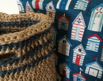 Beach bag with beach hut cotton fabric lining