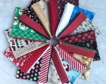 Christmas - Holiday - Reusable Sandwich Bag - Makeup Bag - Reusable Snack Bag - Toiletry Bag - Eco Friendly Lunch Bag - Fabric Zipper Bag