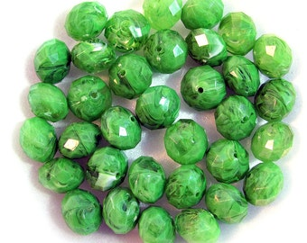 24 Green Acrylic Swirl Faceted Rondell Fashion Beads