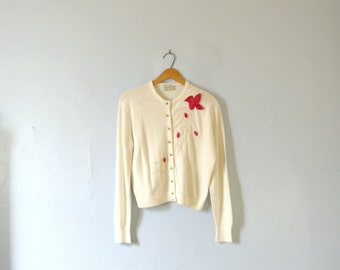 Vintage 50's cream / white cardigan, retro pin up, size medium