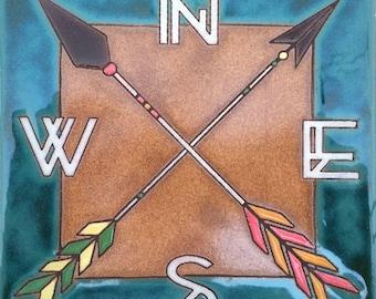 Directional arrow tile