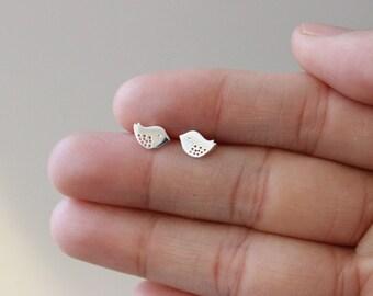 Bird Stud Earrings, Sterling silver bird earrings, children earrings, sparrow earrings, tiny stud earrings, simple earring everyday jewelry
