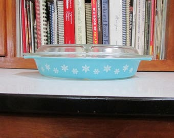 Pyrex Snowflake Divided Casserole Turquoise