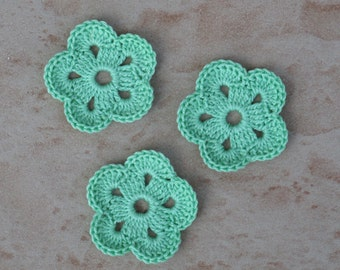 set of 3 flowers green of water 5 petals crochet