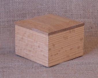 Natural Finish Quarter Sawn Oak Box