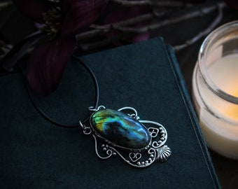 Venus • Large dreamy labradorite stone in decorative sterling silver setting necklace