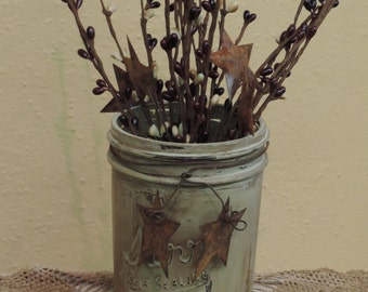 FREE SHIPPING Primitive/Country/Rustic Hand Painted ,Pint Jar with Rusty Wire and Rusty Stars