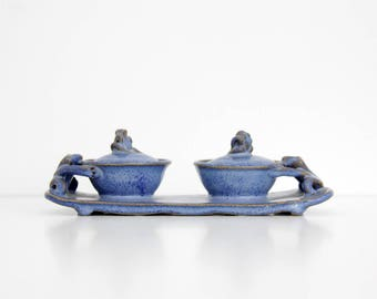 Vintage frog figurine salt and pepper dish // Blue stoneware dish