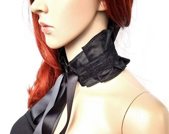 Elegant Gothic collar Velvet