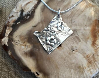 Oregon Forget-me-not Silver Pendant