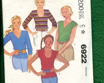 1970's McCalls 6922 Disco Dancing Tee Shirts with Ruched Shoulders Size Small 10/12