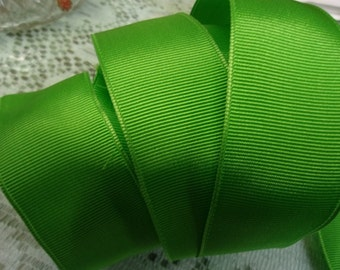 Bright Green 1 1/2 Inch Wide Wired Edge Gross Grain Ribbon 3 Yards
