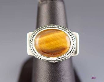 Beautiful Sterling Silver Tiger's Eye Ring sz 6