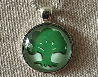 Magic the Gathering Pendant Necklace / Silver / Forest / Tree