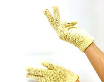 Vintage Gloves - Ladies Gloves - Crochet Gloves - Knit Gloves - Cream Color - Gifts for Her - Christmas Gift - Gift Ideas - Vintage Clothes