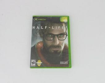 Collectors Xbox Half life 2 Game case